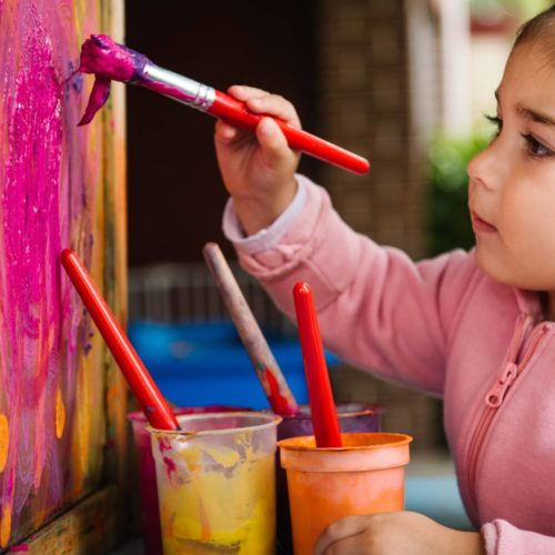 girl_Painting_ku_childrens_service