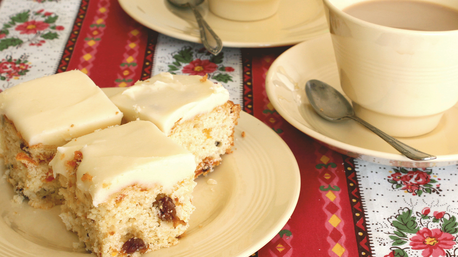 Apricot And Sultana Slice With Lemon Icing