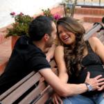 couple-pregnancy2160