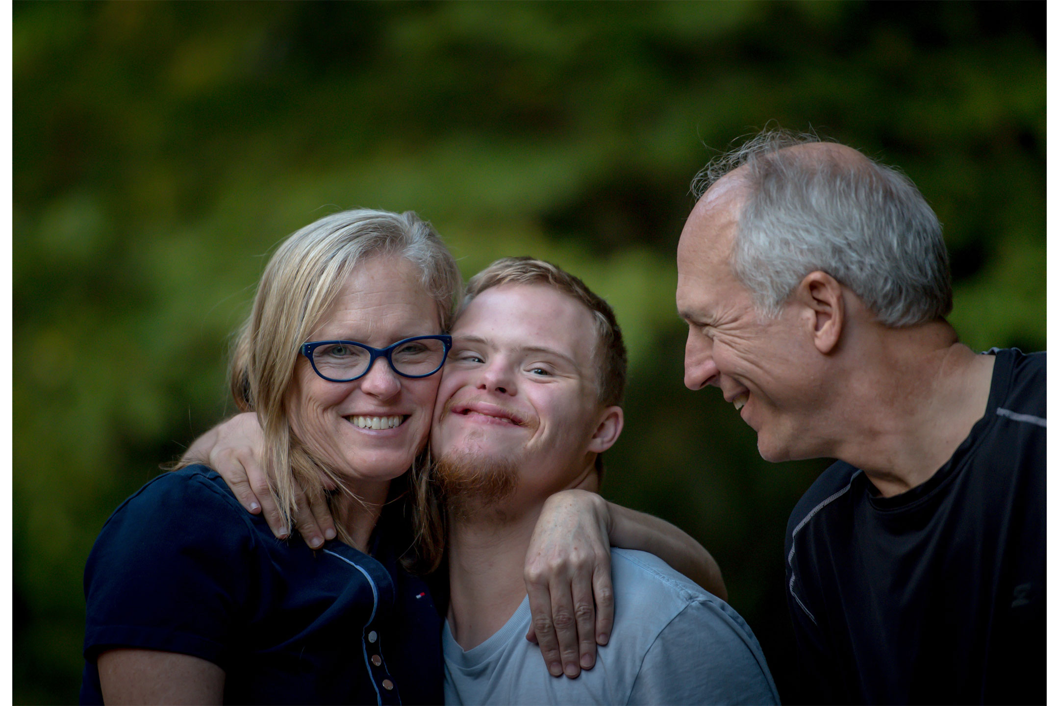 Down-syndrome-family2160