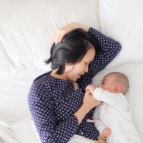 asian-mother-baby-development2160