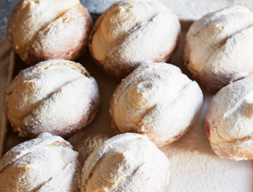 Vanilla Custard Doughnuts