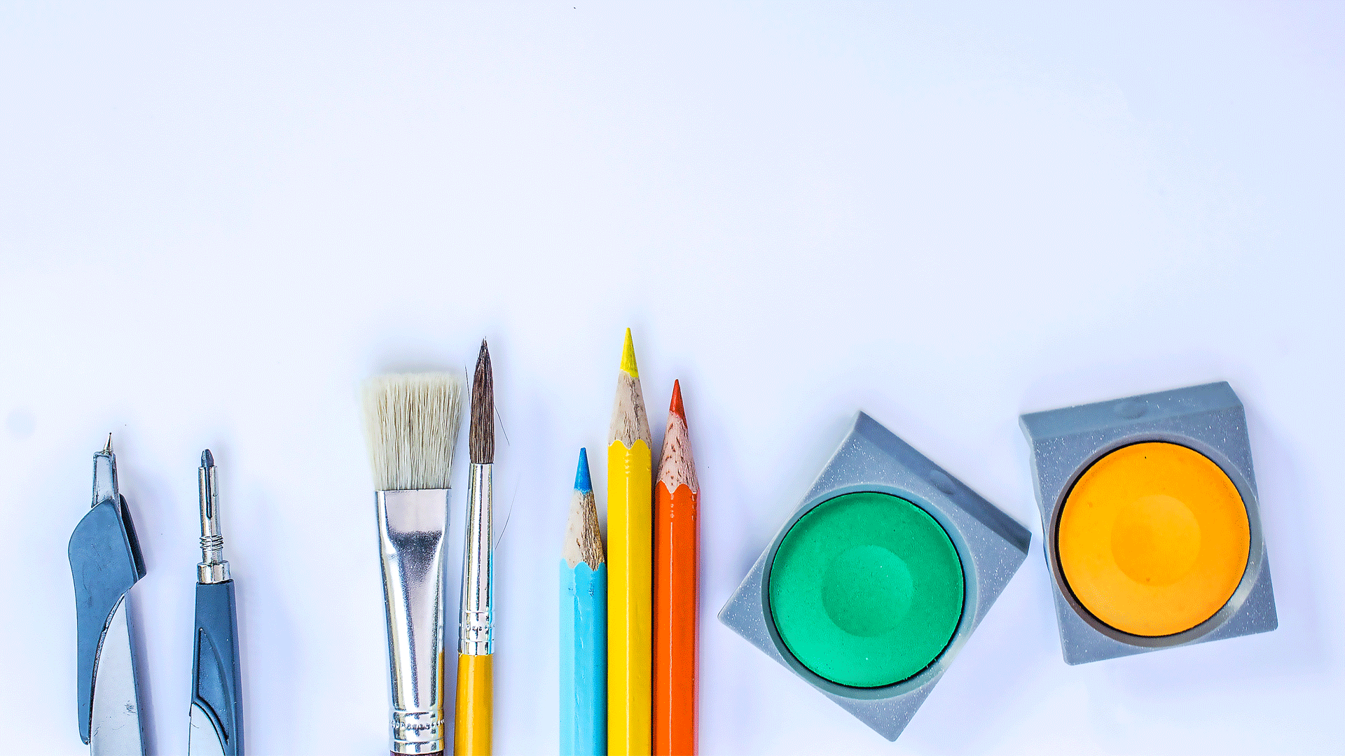 10 Things For The Mini Artist
