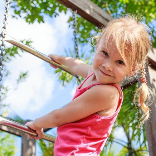 girl-climbing-ladder-play-equipment2160