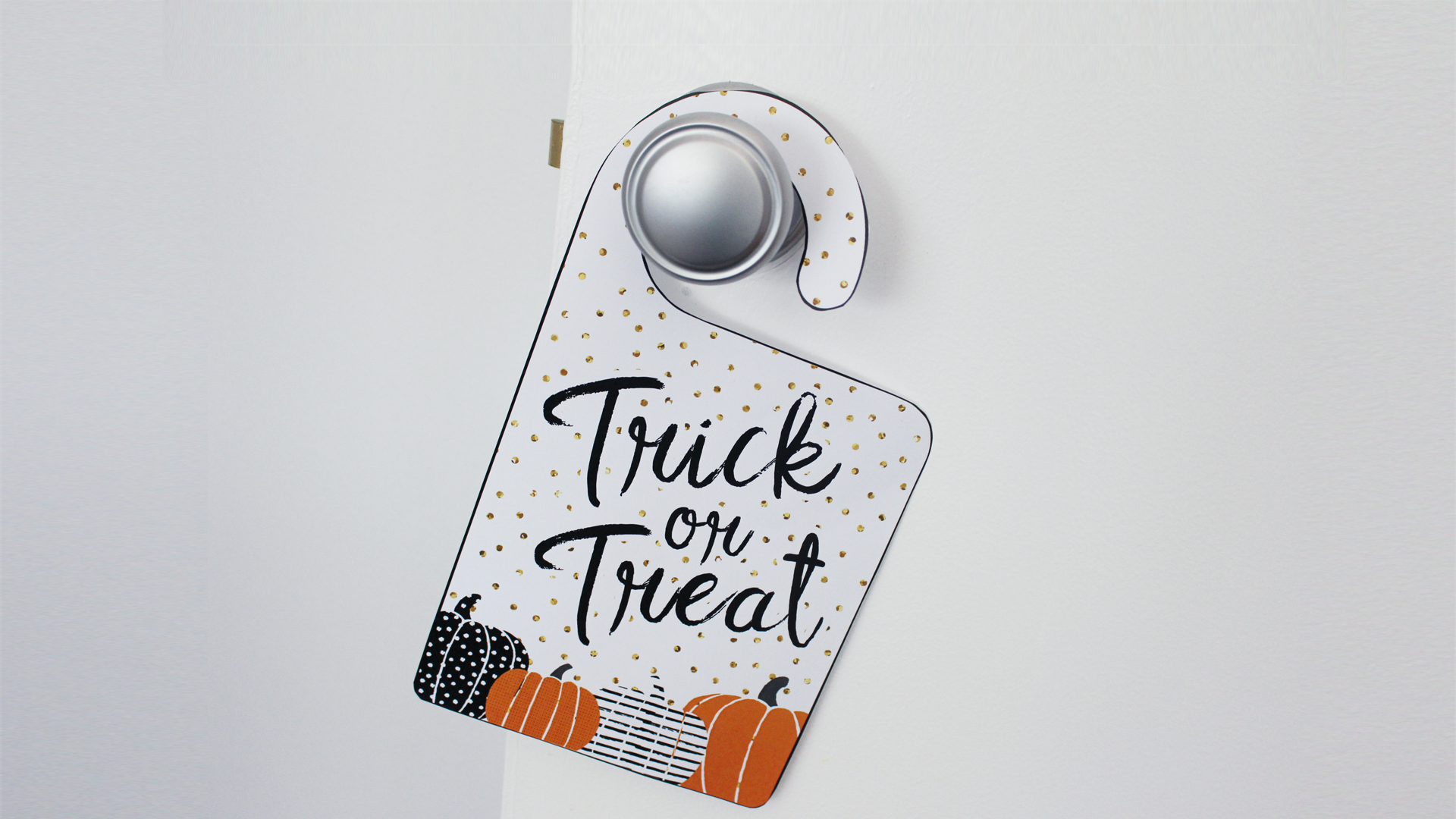 free printable halloween trick or treat door signs