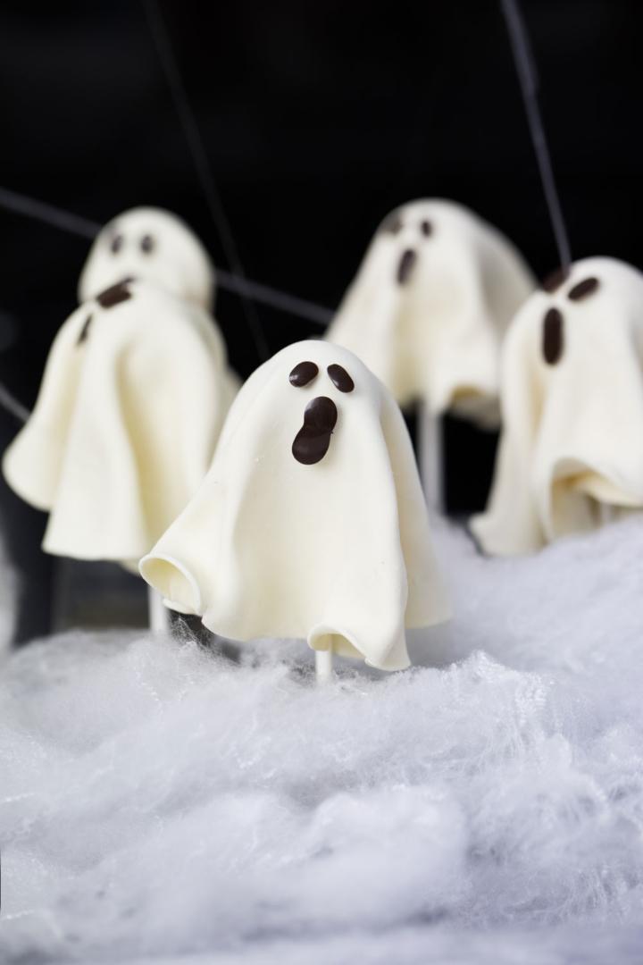 Kirsten Tibballs Chocolate Ghosts