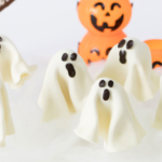 Spooky chocolate ghosts