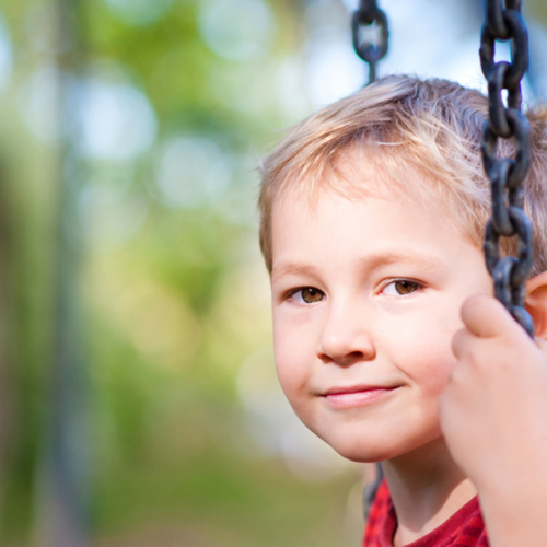 Boy-on-Swing_Feeding-frustration1440
