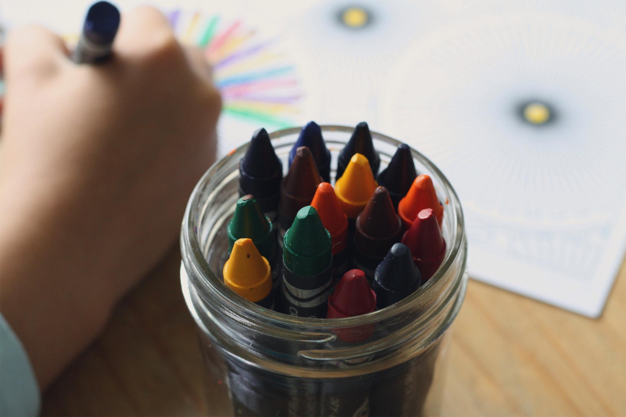 child-hand-crayons2160