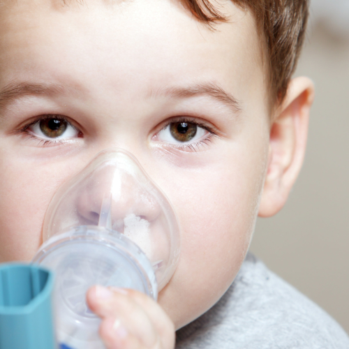 boy-with-asthma2160