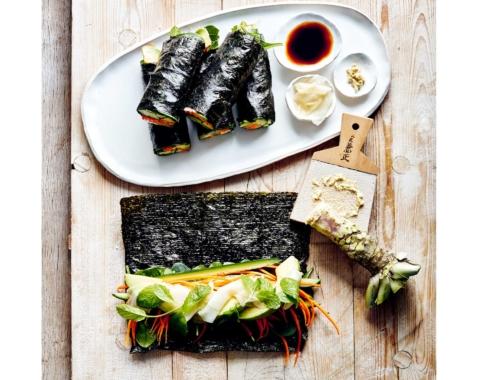 Donna-Hay-simple-veg-sushi2160