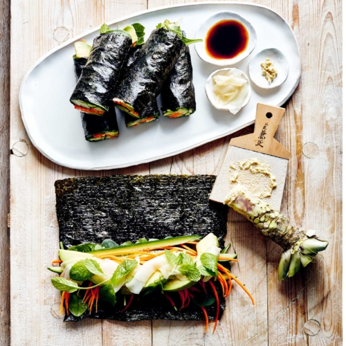 Donna-Hay-simple-veg-sushi2160