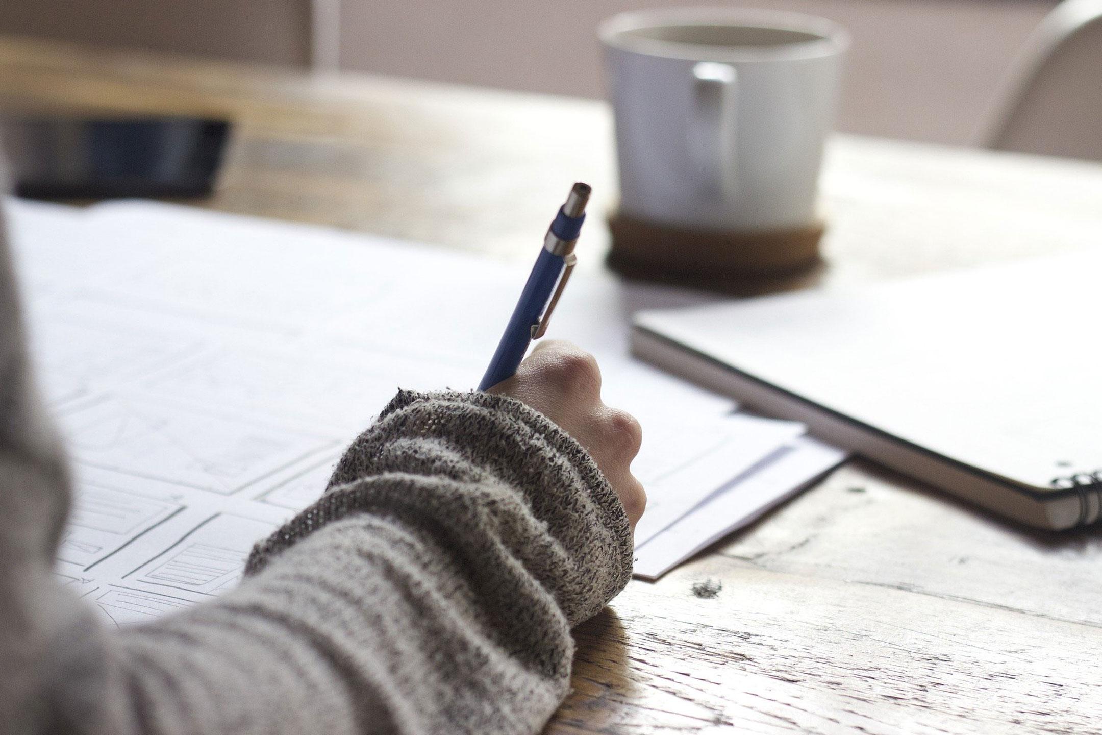 hand-writing2160