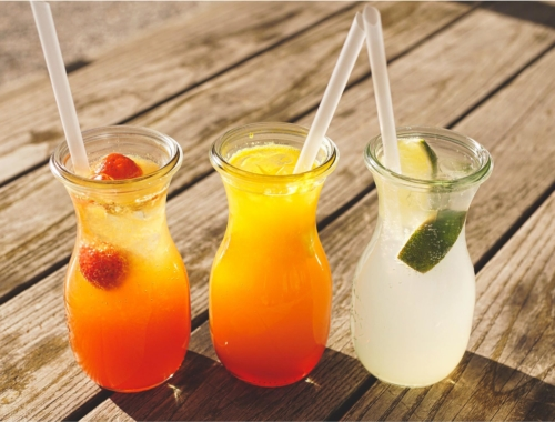 keeping-cool-fruit-drinks2160
