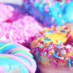 closeup-donuts-colourful2160