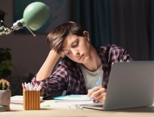 boy-teen-homework