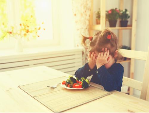 fussy-eater-girl-vegetables2160