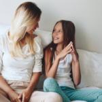 mother-tween-daughter-talking2160