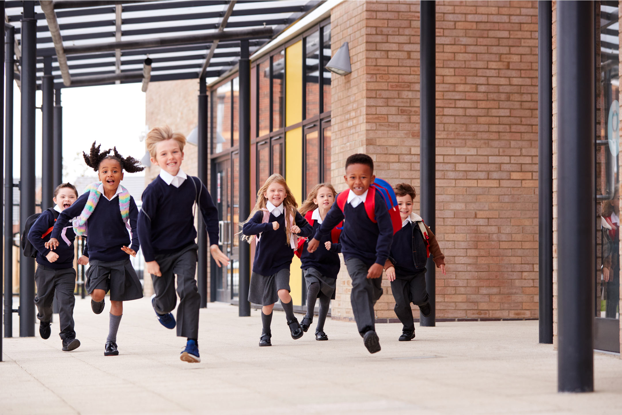 primary-kids-uniform-running2160