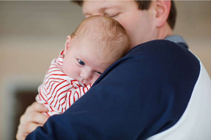 baby-cuddling-dad2160