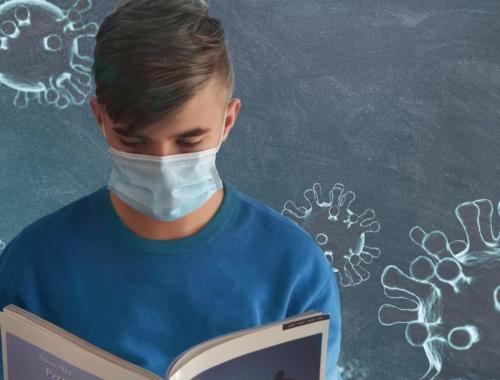 school-teen-wearing-mask2160