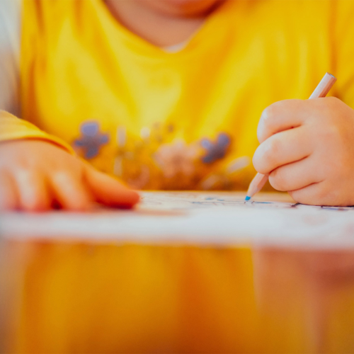 child-left-hand-drawing2160