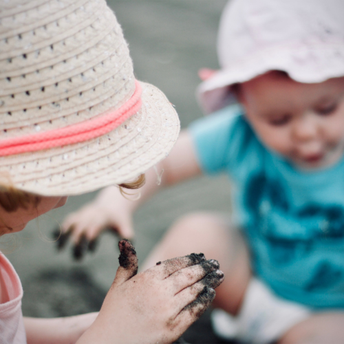 toddlers-mud-hats2160