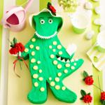 dorothy-dino-cake2160