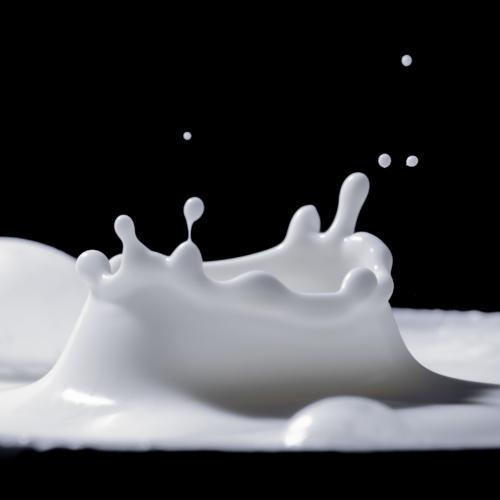 milk-drop-slomo2160