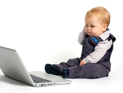 baby-on-laptop2160