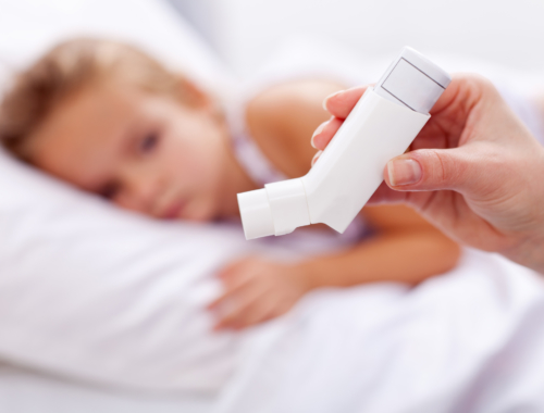 child-with-puffer-medication2160