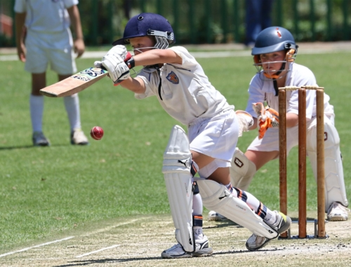 boys-playing-cricket2160