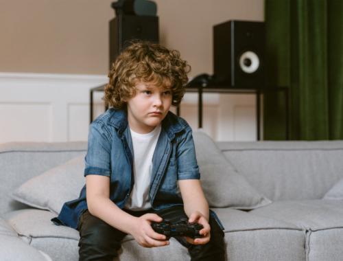 tween-boy-playing-video-game2160