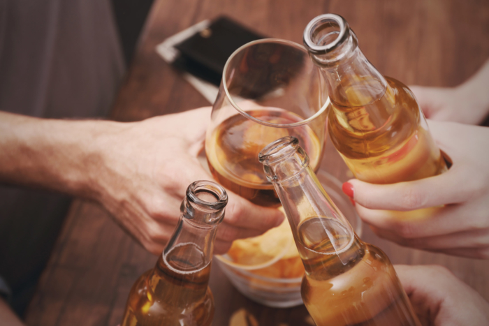 view-on-friends-having-alcohol2160