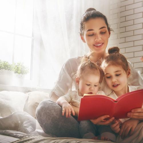 family-reading-mother-children2160