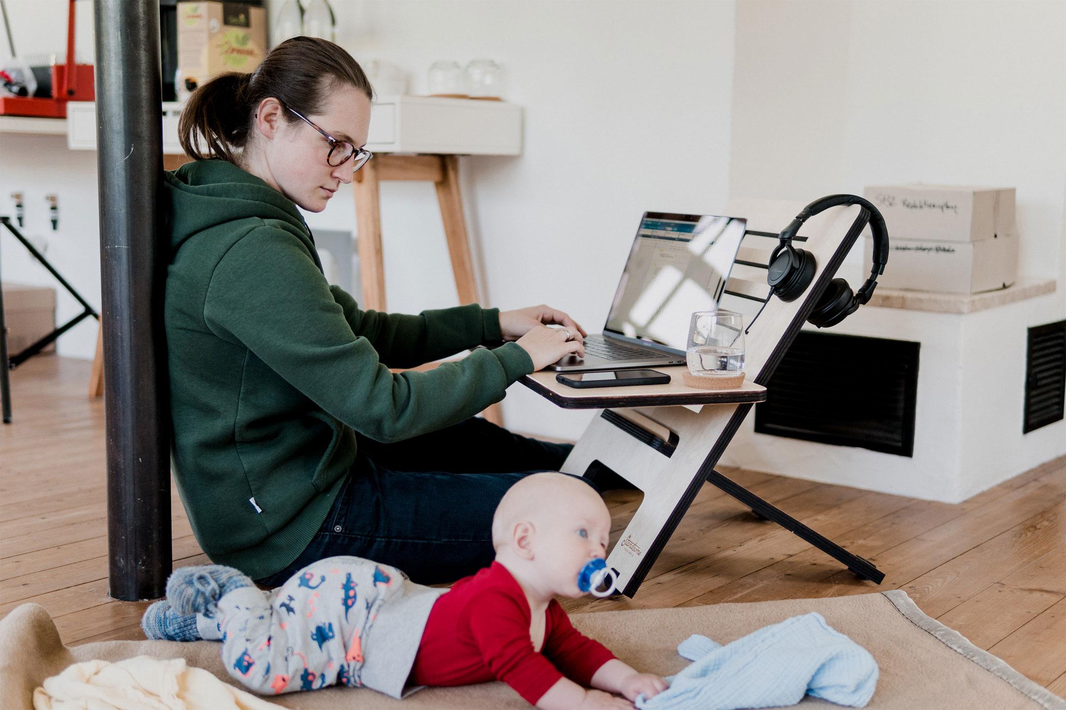 mum-baby-worklife2160