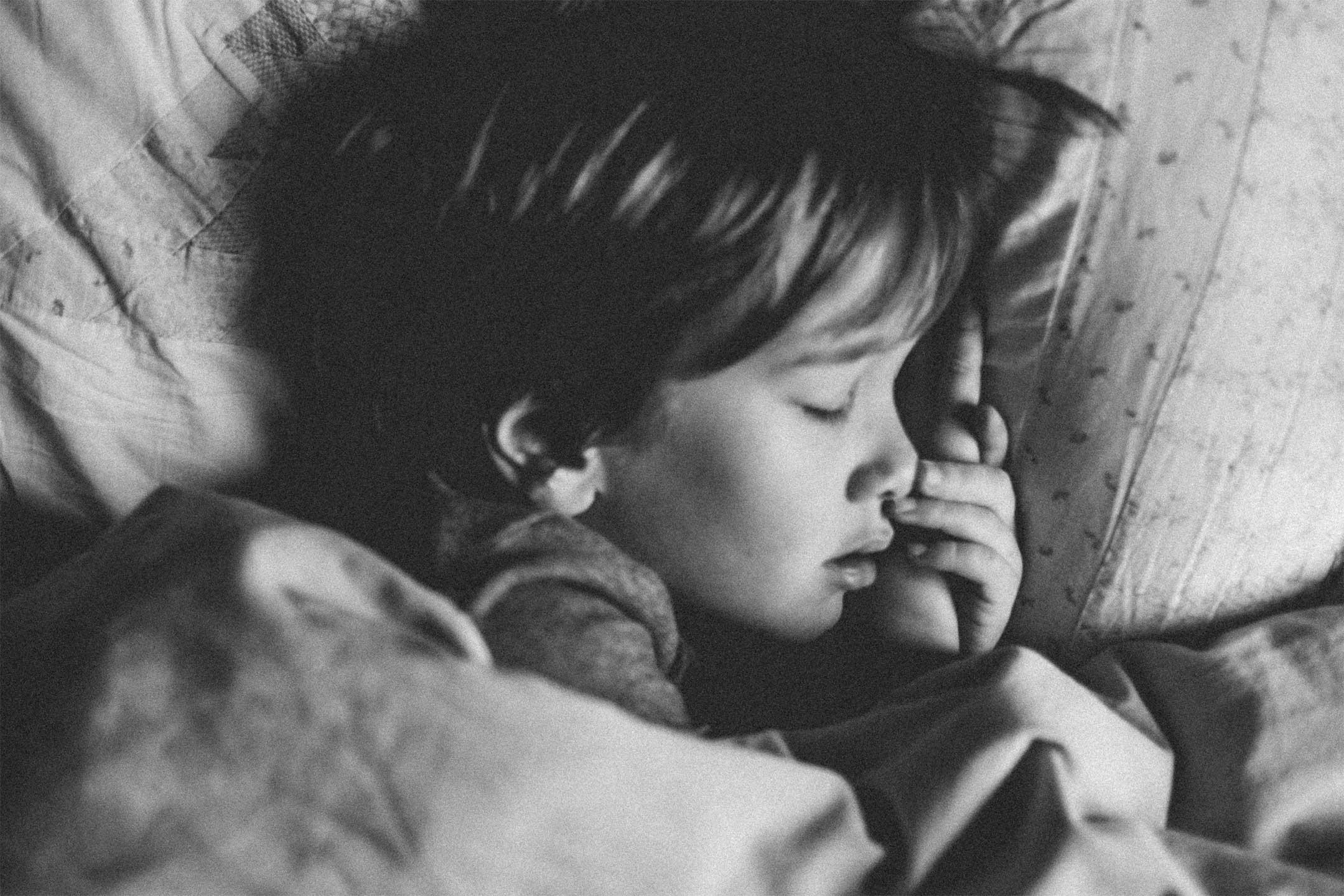 young-boy-sleeping-mono2160