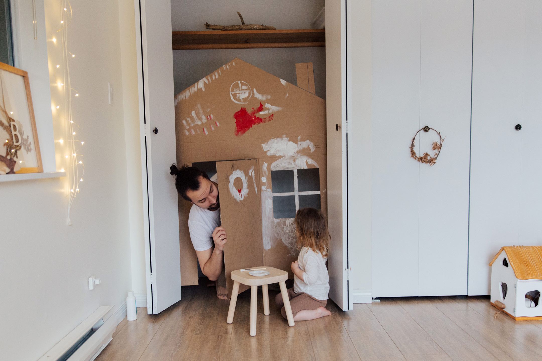 dad-and-daughter-cubby-playing