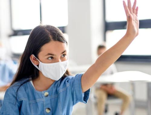 Masked-school-girl-in-classroom2160