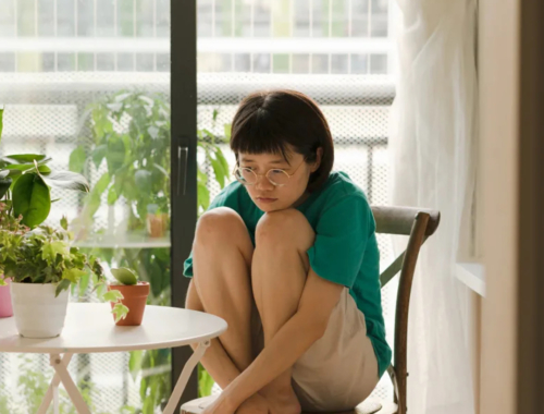 miscarriage-sad-asian-woman2160